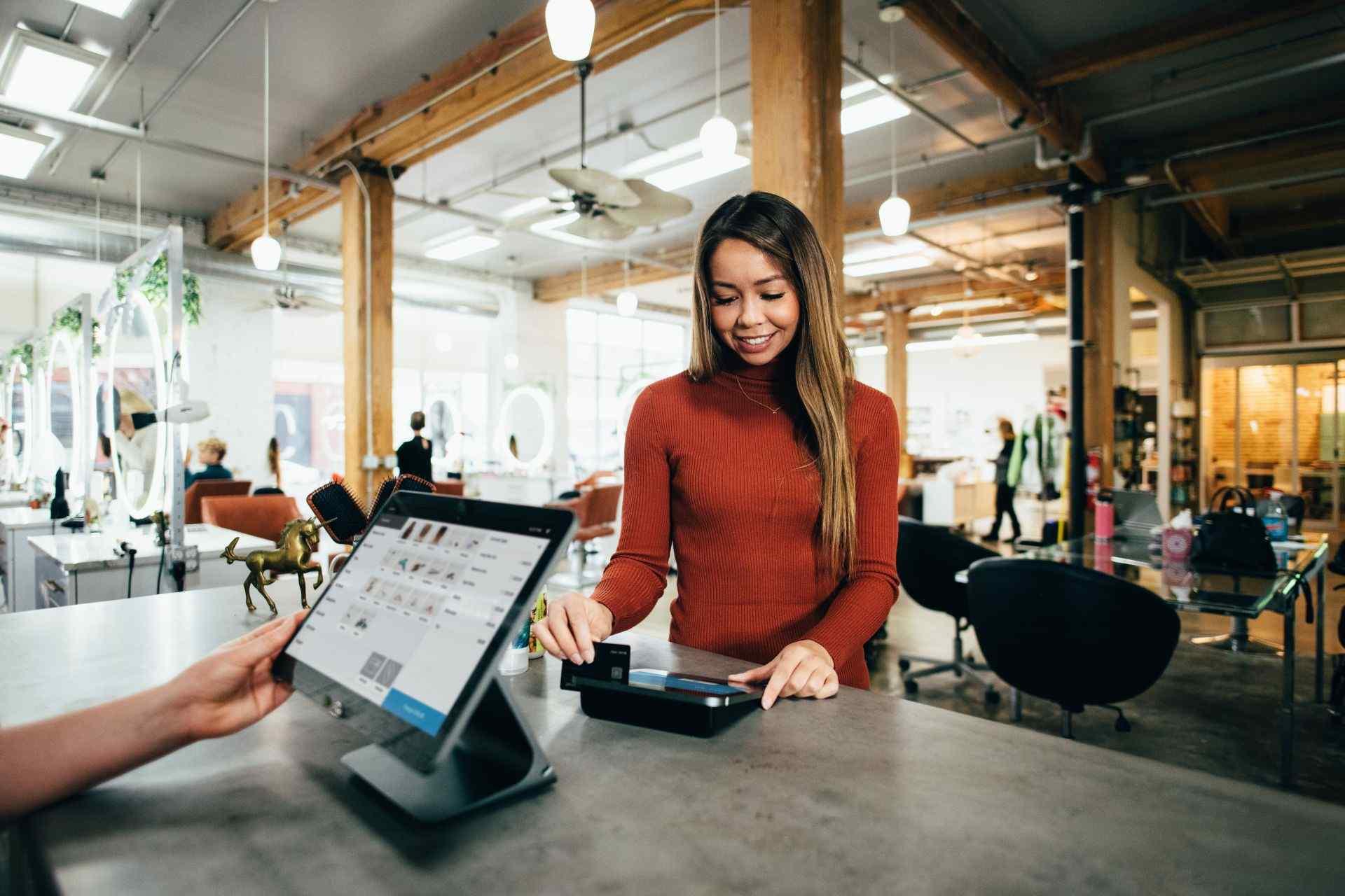 Kassenführung: Kosten für die TSE dürfen sofort als Betriebsausgaben geltend gemacht werden