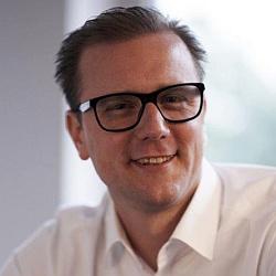 Dr. Simon Johannes Reutershan
