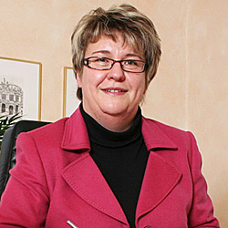 Simone Langbein