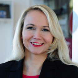 Dr. Esther Hornung