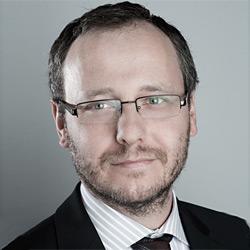 Dr. Dominik Lubasz